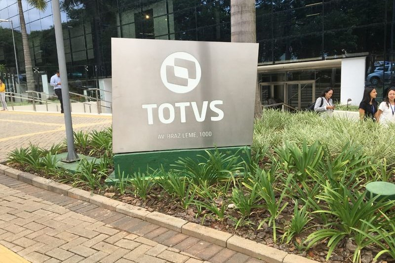 XP inicia cobertura da Totvs com recomendação de compra e preço-alvo em R$ 48