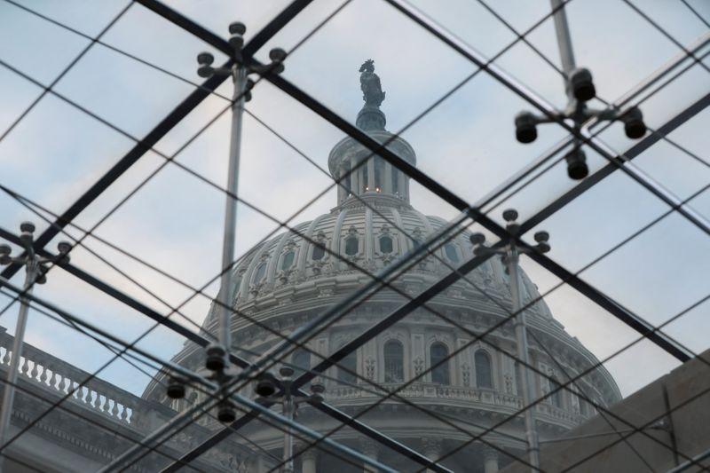 Powell, Congresso e Brexit: 5 fattori da seguire oggi sui mercati
