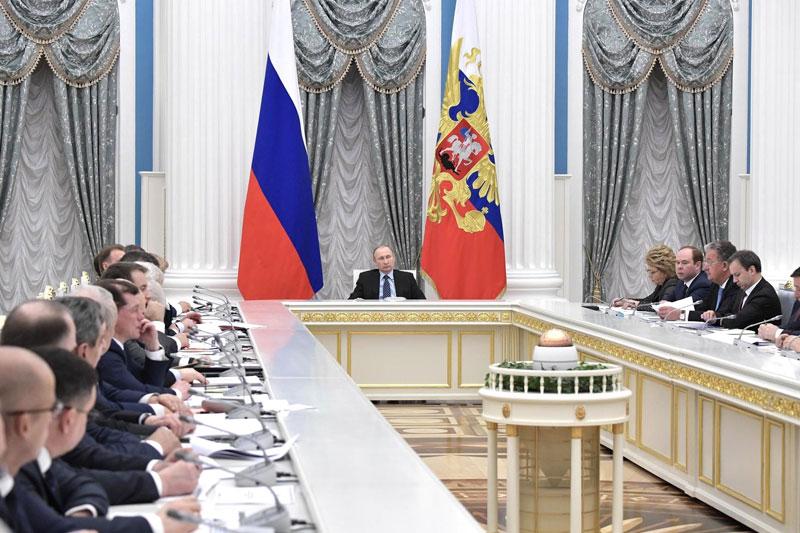 Путин поручил проработать механизм обсуждения с бизнесом законодательных изменений в сфере налогов