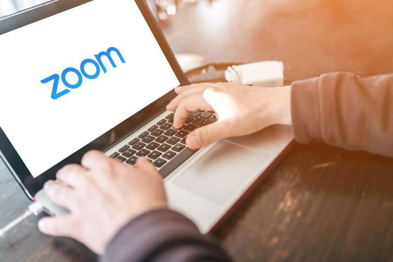 Zoom купит Five9 для ускорения роста после пандемии