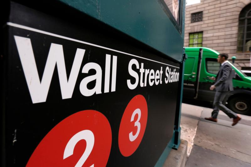 2 Healthcare Stocks Wall Street Predicts Will Rally by 50% or More