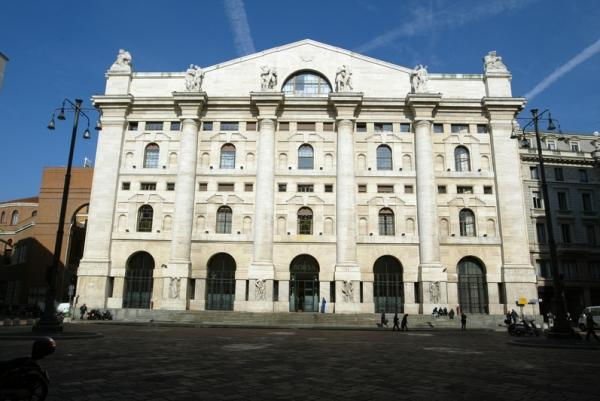 İtalya piyasaları kapanışta yükseldi; Investing.com İtalya 40 0,92% değer kazandı