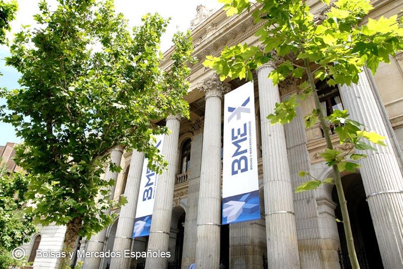 La Bolsa española baja el 0,43 % y mantiene los 8.800 puntos tras reunión BCE