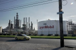 Exxon reducing Baton Rouge, Louisiana, refinery production on storm threat -sources