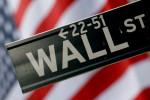 Wall St tumbles on weak consumer sentiment, rising bond yields