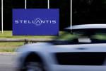 Italy's police arrest Stellantis manager in U.S. diesel emissions enquiry