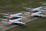 Rebuffing Texas governor, American Airlines, Southwest stand by vaccine mandate