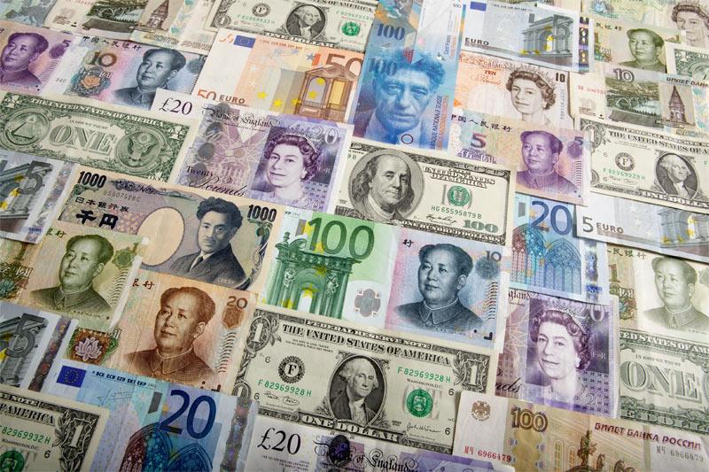 《全球匯市》美元持穩,美聯儲政策信息混雜推動美元隔夜走勢震盪
