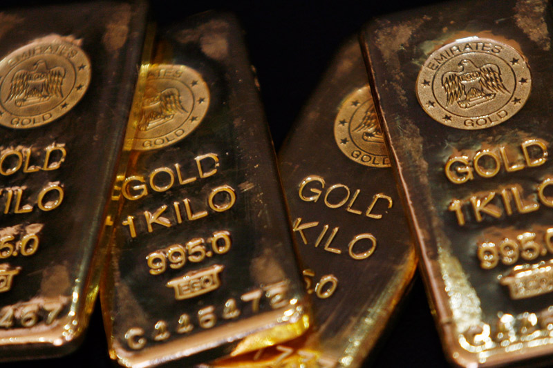Gold drops on Yellen rate hike comments