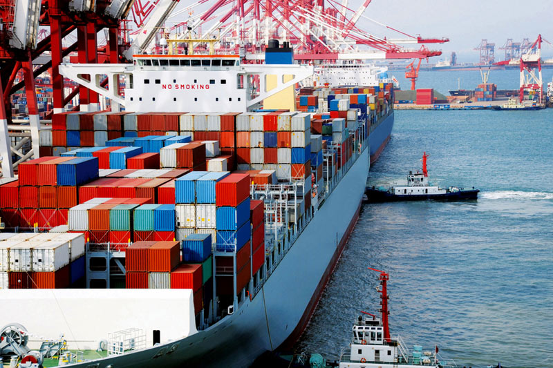 Handelsbilanz Japans 0,13T gegenüber einer Prognose von 0,35T