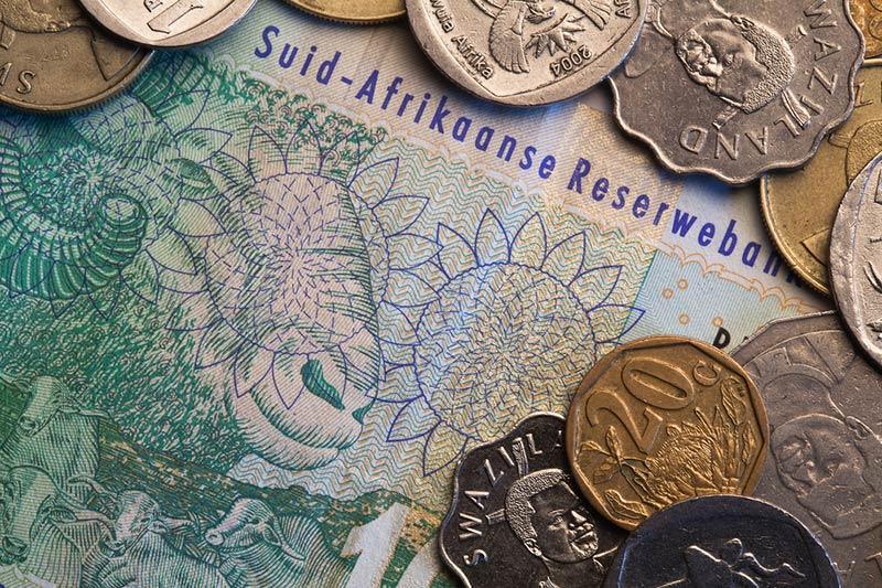 南アフリカ CPI 予測 0.3% 対 0.3%