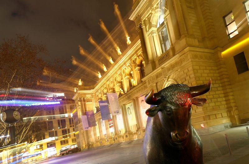Utilities, real estate shares nudge European stocks higher