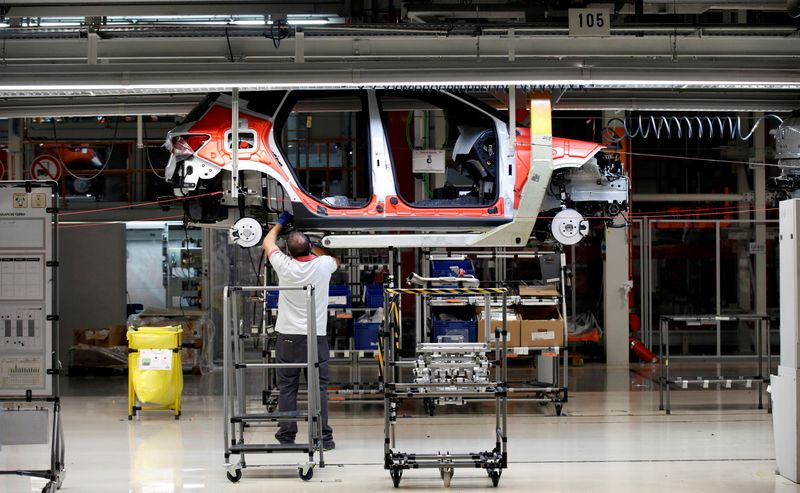 Spain to invest $5.1 billion in electric vehicle production