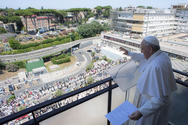 Pope Francis returns to Vatican for rest after intestinal surgery