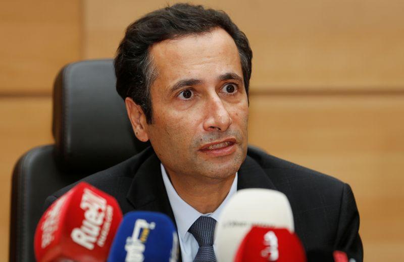 الحكومة المغربية تلجأ للضرائب من أجل خفض العجز