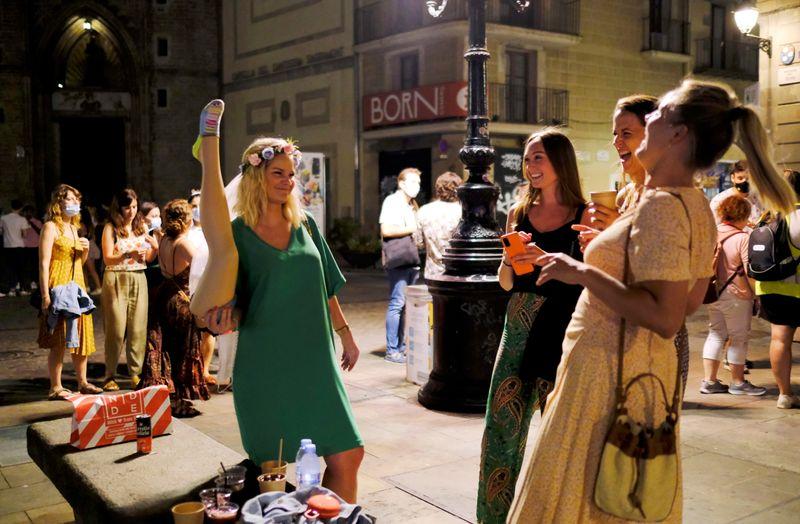 Com casos de Covid em alta, Catalunha vai impor toque de recolher