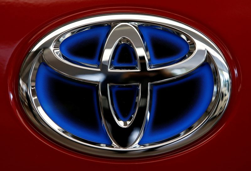 Toyota buys U.S. mapping and road data firm to bulk up driverless tech