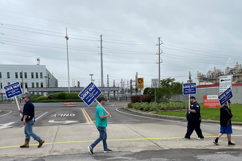 Exxon hiring more temporary workers as Texas refinery lockout continues