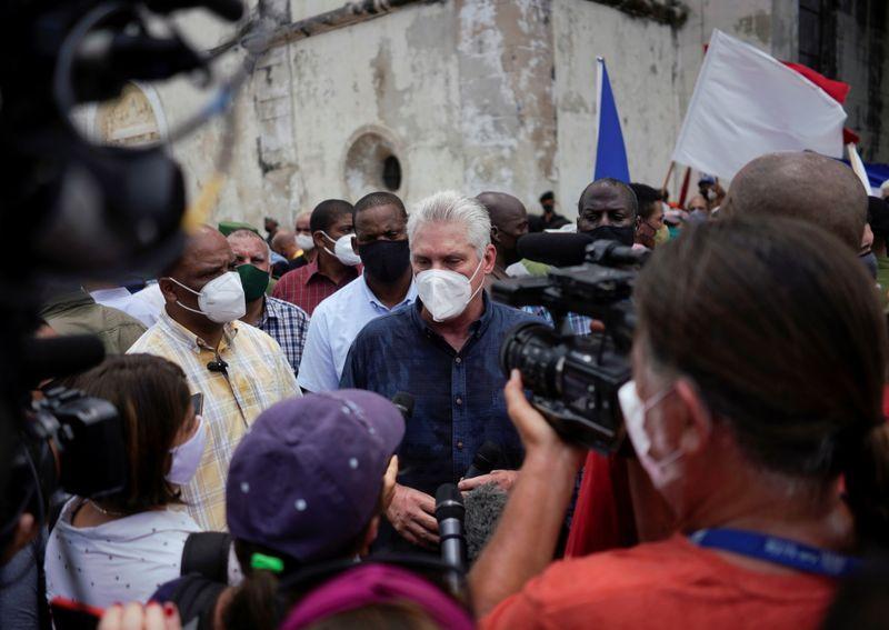 Presidente de Cuba rejeita acusações de Biden sobre
