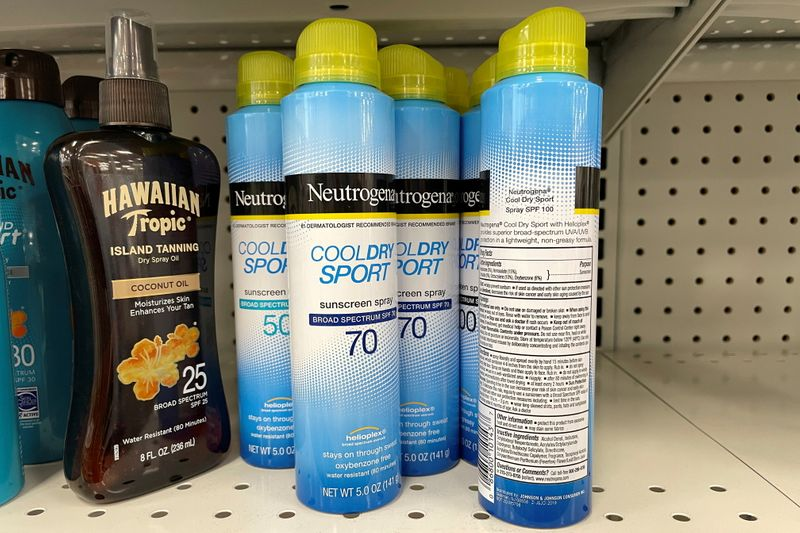 FDA investigating how a known carcinogen wound up in J&J sunscreen