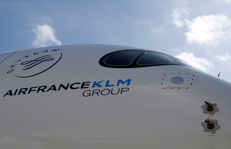 EU regulators okay KLM bailout, tweaks decision after court veto