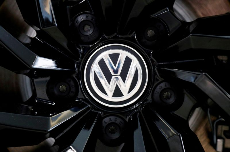 VW to end U.S. production, sales of Passat as focuses on SUVs