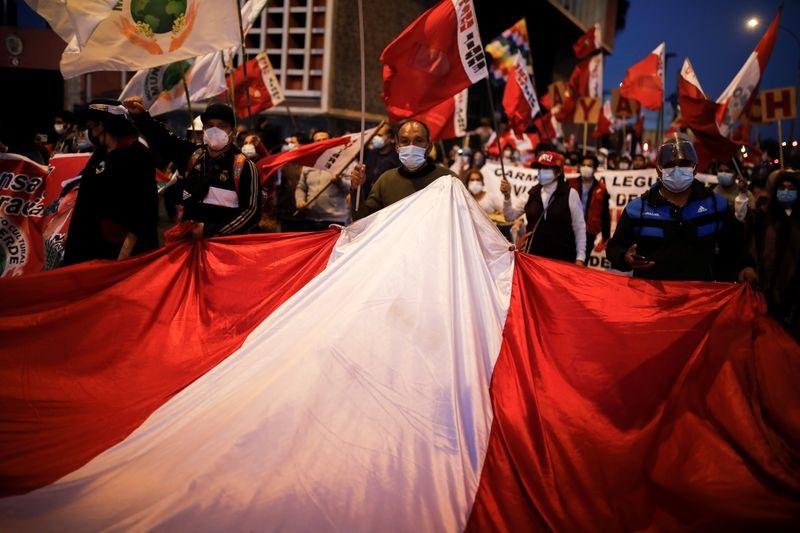 Justiça eleitoral do Peru rejeita último recurso de Fujimori e vai proclamar presidente eleito