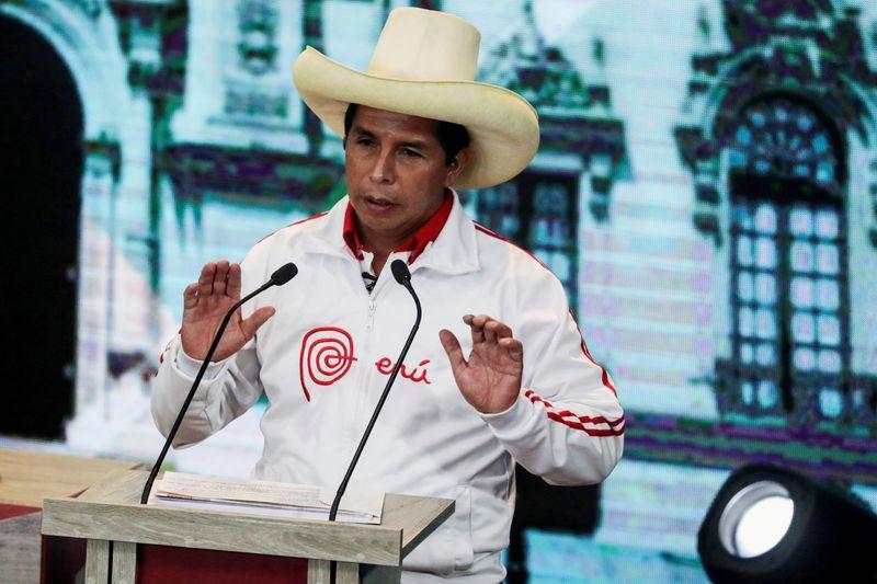 Castillo diz buscar gabinete plural para superar divisões no Peru