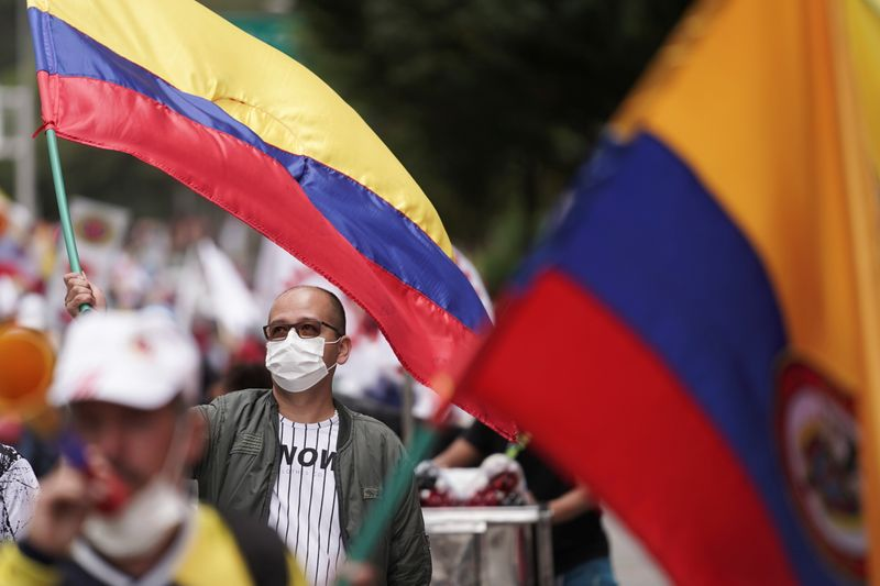 Governo da Colômbia envia reforma tributária de US$3,9 bi ao Congresso em meio a novos protestos
