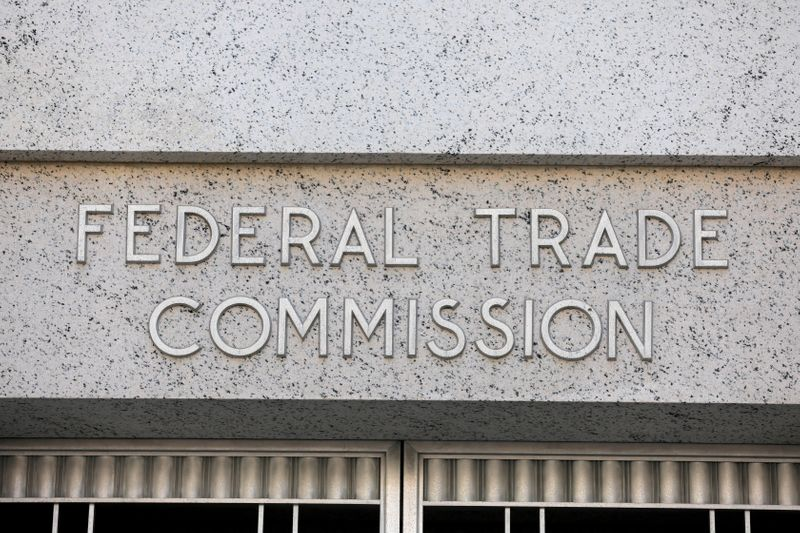 Consumers' 'right to repair,' merger rules, clothing tags set for FTC vote