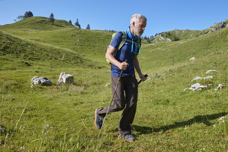 Swiss hiker defies Parkinson's, plans new challenge