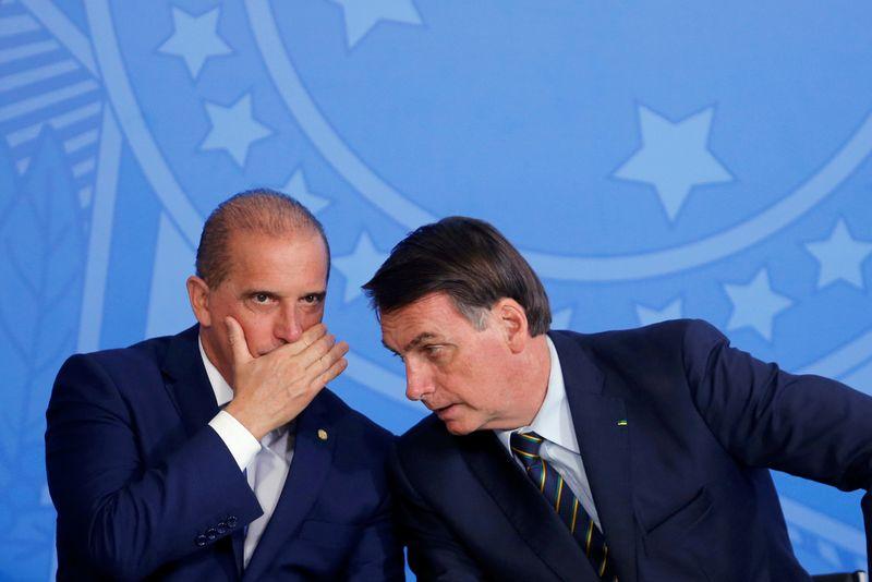 Bolsonaro decide recriar Ministério do Trabalho e Onyx deve assumir, dizem fontes