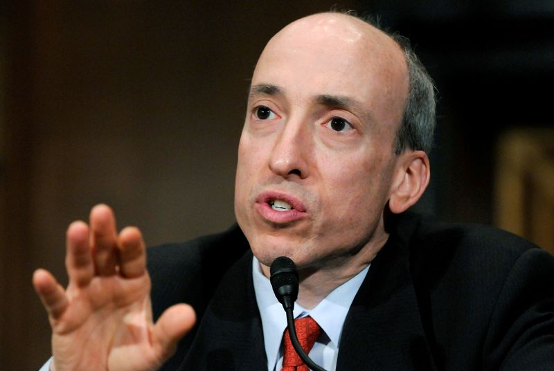 U.S. SEC chair says agency to restart swaps regulation effort