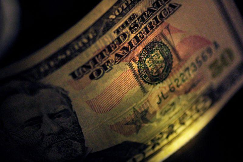Dólar fecha em queda de 0,73%, a R$5,1927