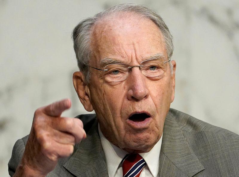 Top U.S. senator demands inquiry into Justice Dept grants system