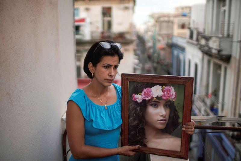 Manifestantes de Cuba recebem sentenças de prisão, mas algumas famílias seguem sem notícias