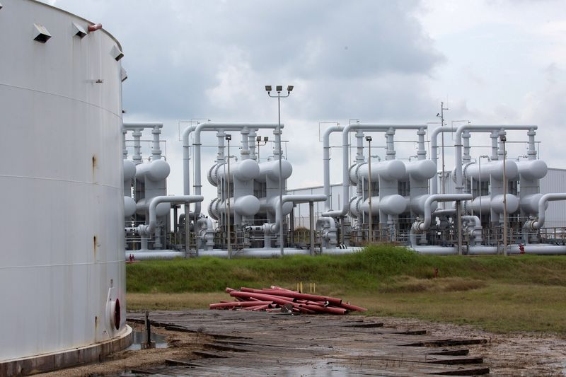 Oil up $1.50/bbl as demand recovery seen tightening supply