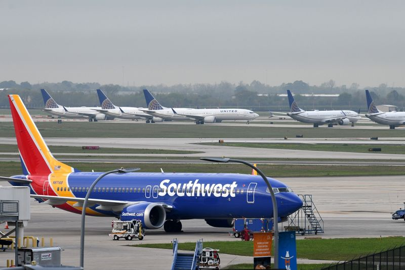 Southwest Airlines losses narrow as leisure travel bounces back