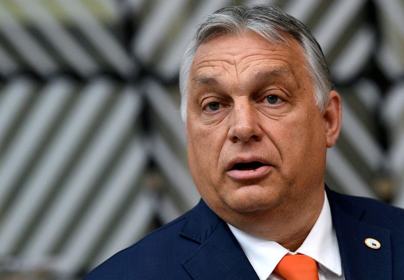 L'UE veut un report de deux mois des discussions sur le plan de relance hongrois, dit Orban