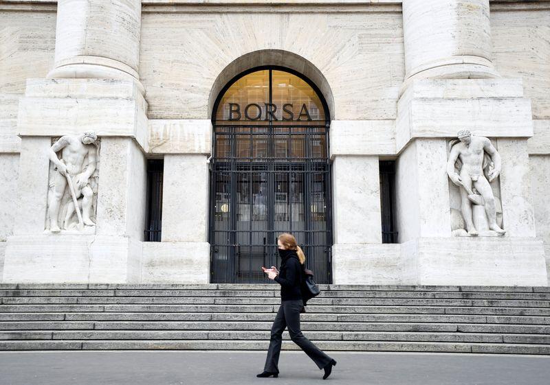 Borsa Milano verso chiusura ottava in rialzo su WS, trimestrali, bene banche, scivola Tim