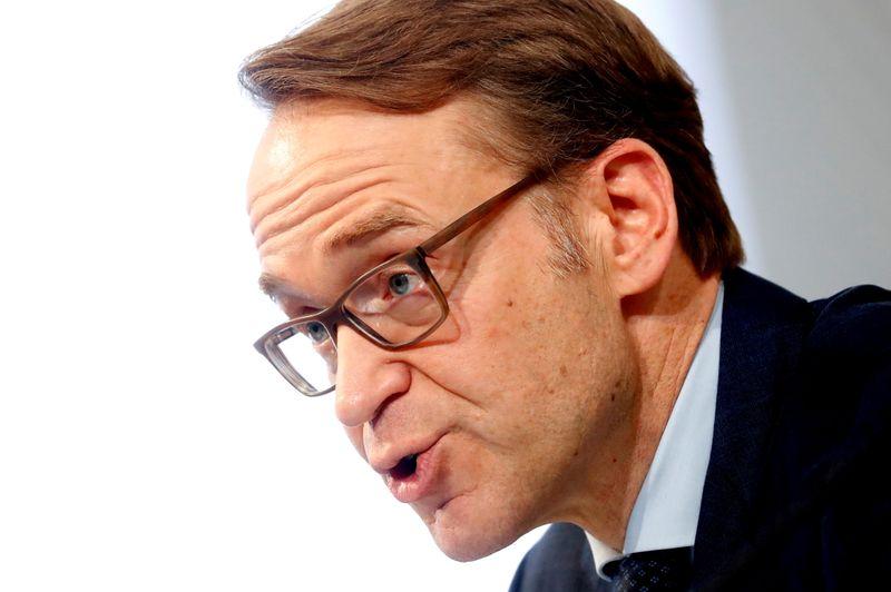 Bce, Weidmann contrario a tassi d'interesse bassi troppo a lungo