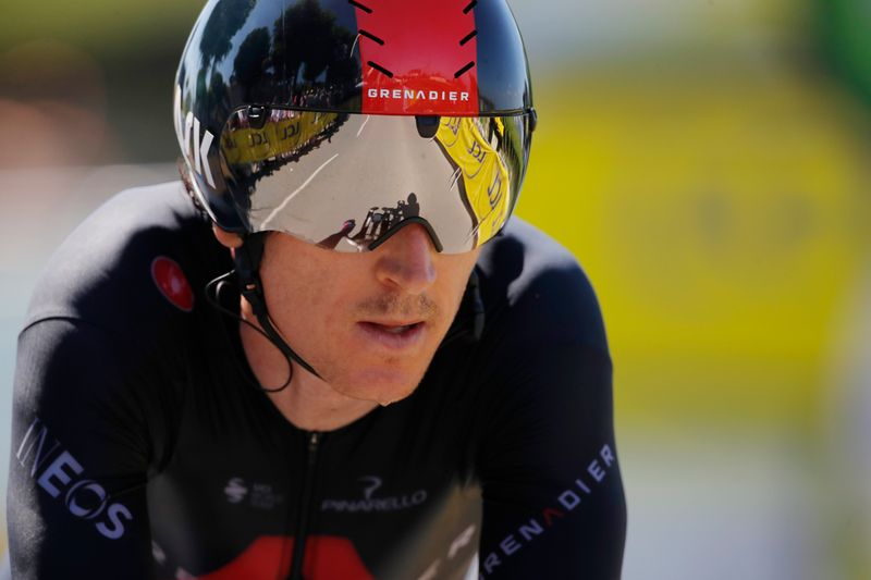 Olympics-Cycling-Britain's Thomas retires from road race after early crash