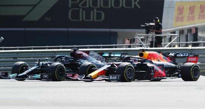 F1=クラッシュのフェルスタッペン、マシン修理総額は約2億円