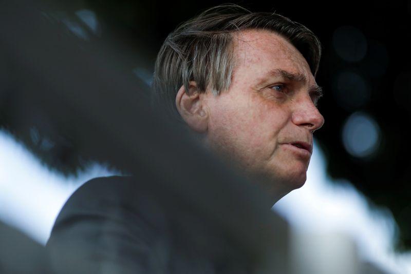 Bolsonaro repete que vai vetar
