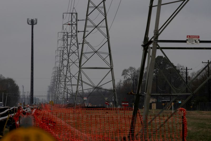 Texas power grid passes first of many tests to meet demand as heatwave lingers
