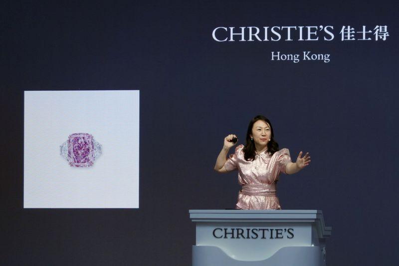 英競売クリスティーズ、香港拠点を4倍に拡張へ