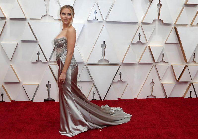 Scarlett Johansson processa Disney pelo lançamento de