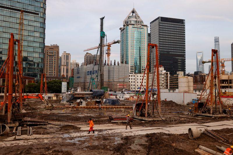China to keep stable macro policies in 2nd half, Politburo says