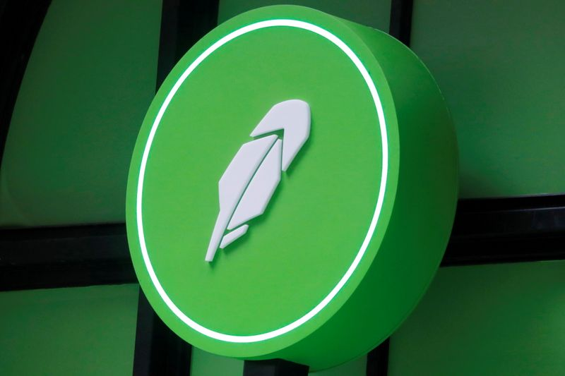 Robinhood turns higher on day after weak debut; Cathie Wood's Ark buys 1.3 million shares
