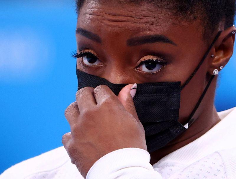 Olympics-Jamaica sweep 100m podium, Djokovic leaves with nothing